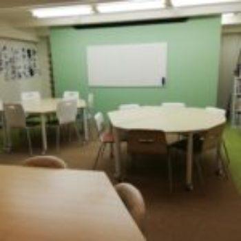 小学生・中学生の授業スペース及び、イベントスペースとなっています